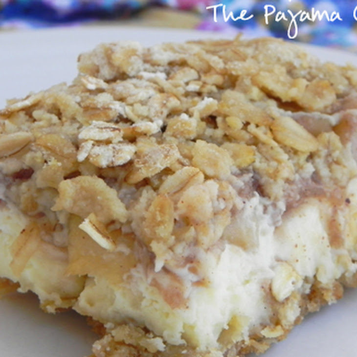 Apple Streusel Cheesecake Bars Recipe | Yummly