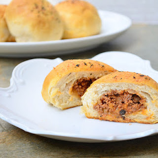 Sloppy Joe Bread Roll