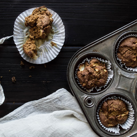 Healthier Pumpkin Apple Muffins