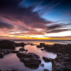 sunset by Joel Calheiros - Landscapes Waterscapes ( clouds, sunset, sea, beach, rocks )