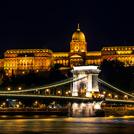 Budapest chain bridge by Samrat Sam - Buildings & Architecture Bridges & Suspended Structures (  )