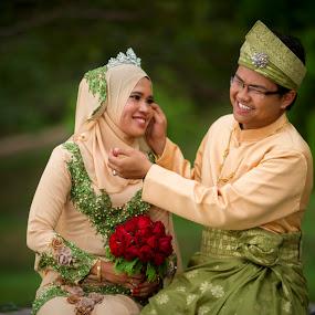 Happy Ending by RiNeo aFnIzAn - Wedding Bride & Groom ( wedding, bride, groom )