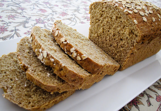Irish Oat and Whole Wheat Bread #BreadBakers Recept | Yummly