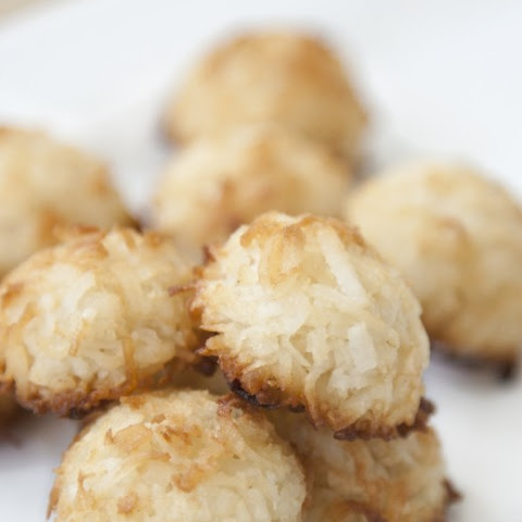 Two Ingredient Coconut Macaroons
