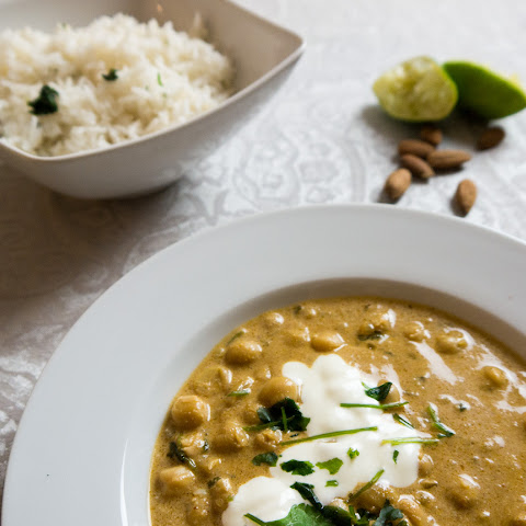 Chickpea Curry with Lime Rice