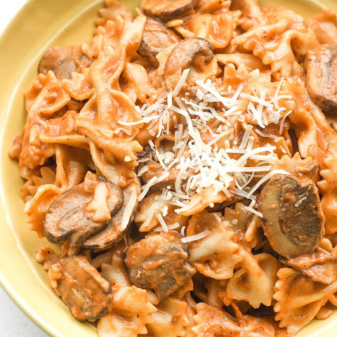 Farfalle Pasta with Light Creamy Mushroom Rosé Sauce