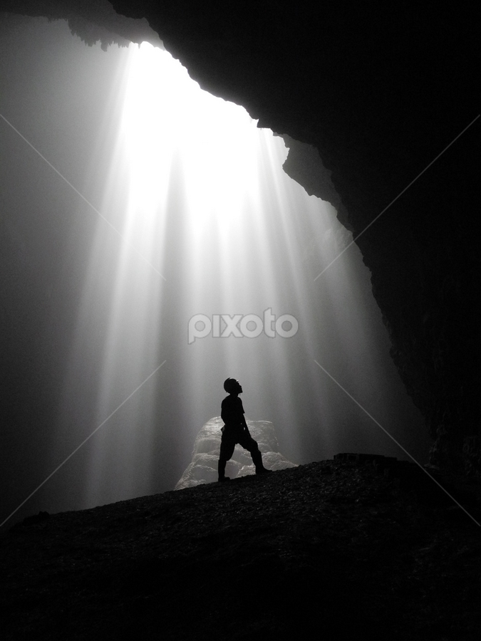 The Light of God by Bima Potret - Landscapes Caves & Formations ( jogyakarta, staff favorites, black and white, shadow, indonesia, silhouette, black and white collection, cave, light )
