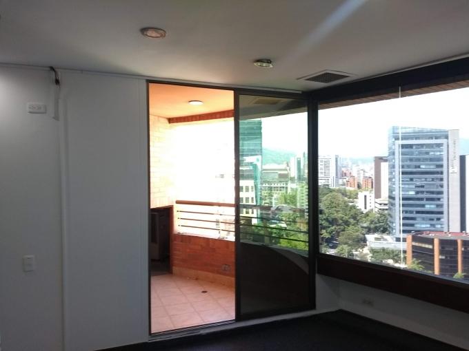 oficinas en arriendo alejandria 594-22123