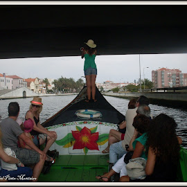 by Isabel Monteiro - Transportation Boats