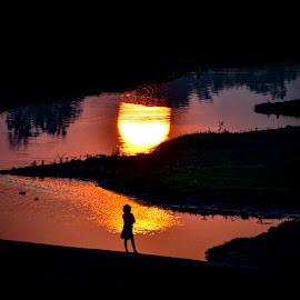 The Shadow of the light by Nayan Shaurya - Digital Art Abstract ( #sunrise, #girl, #sun, #girlchild, #lights, #shadow )