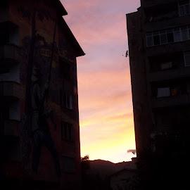 Нощ by Georgi Kolev - City,  Street & Park  Night ( тих., градски., летен., топъл., залез. )