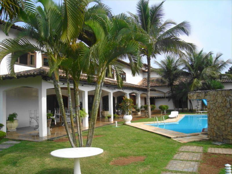 Guarujá - Jardim Acapulco - Casa Área Construída 1.200m² Terreno 3.000m² para Venda.