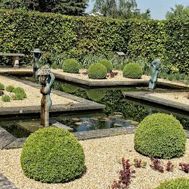 BRND garden scene 19 18 by Michael Moore - City,  Street & Park  City Parks
