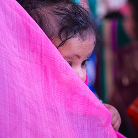 INDIAN WOMAN AND HER BABY by Nihal Singh - Wedding Ceremony ( love, woman, care, indian, beauty, baby,  )