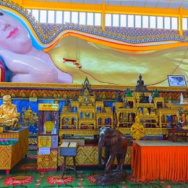 Wat Chaiyamangkalaram Or Sleeping Buddha by Viorel Stanciu - Buildings & Architecture Places of Worship ( temple, george town, place o, sleeping budha, penang, malaysia, wat chaiyamangkalaram )