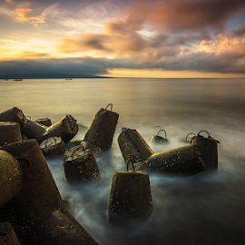 Morning at Banyuwangi by Ade Noverzan - Landscapes Waterscapes ( clouds, beach, sunrise, morning, concrete )