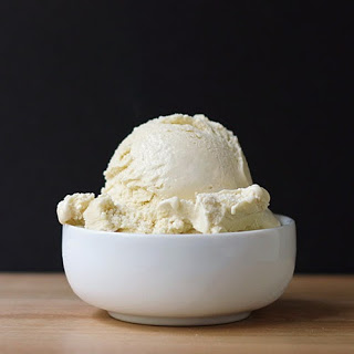 Vanilla Almond Ice Cream