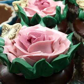 Flower Cupcakes by Lope Piamonte Jr - Food & Drink Cooking & Baking