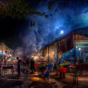 by Mohamad Sa'at Haji Mokim - City,  Street & Park  Street Scenes
