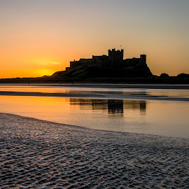 Bamburgh castle sunrise by John Haswell - Novices Only Landscapes ( novice, sea, castle, seascape, sunrise, sun )