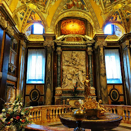 Basilica di Santa Maria Maggiore 5 - Roma,Italy  by Andjela Miljan - Buildings & Architecture Places of Worship