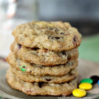 Pretzel M&M Oatmeal Chocolate Chip Cookie