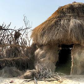 Gopa by Abdul Rehman - Instagram & Mobile iPhone ( pakistan, desert, cholistan, huts, hut, wooden hut )