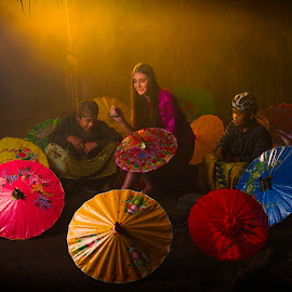 Painting umbrella by Fabian Keanu - Illustration People ( lighting, umbrella painting, human interest, painting )