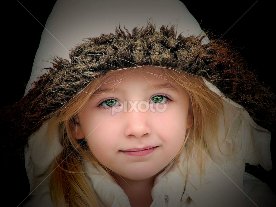 N ~~ by Sandy Considine - Babies & Children Child Portraits
