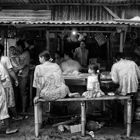 there's a story behind them by Anton Adhitian Nurgraha - People Street & Candids