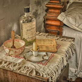 by Dragan Rakocevic - Artistic Objects Antiques