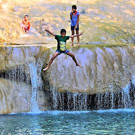 SEA 2013 pix 271 by Robert Thompson - People Street & Candids ( splash, jumping, waterfall, fun, kids )