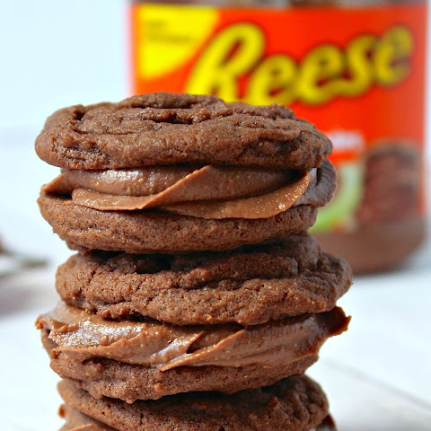 REESE Peanut Butter Chocolate Sandwich Cookies
