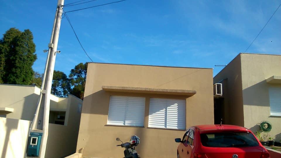 Casa em condomínio à Venda - Aparecidinha