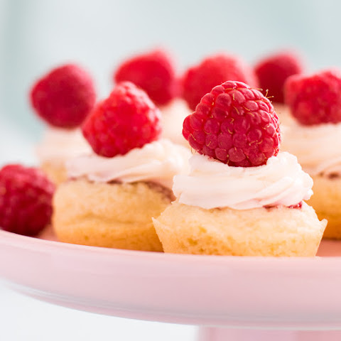 Raspberry Cookie Cups