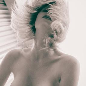 Flying_08 by Gunleik Groovie - People Portraits of Women ( nude, lips, view, motion, hair, eyes )