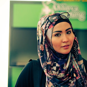 hijab n green by Budie Deathlust - People Portraits of Women ( woman hijab girl wife )