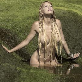 by Nuno Firmino - Nudes & Boudoir Artistic Nude