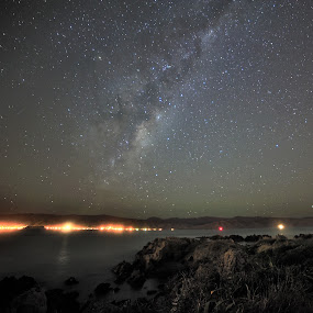 Milky Way seen from Seatoun by Nadly Aizat Nudri - Landscapes Starscapes ( samyang, sky, stars, wellington, nikon, milky way )