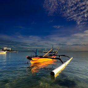 ::. Indonesian Boat .::  by Ahmad Zulharmin Fariza - Transportation Boats ( nature, sea, boat, landscape )