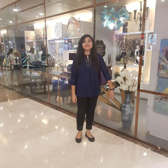 Nitika Bansal at Lifestyle, Moti Nagar, New Delhi photos