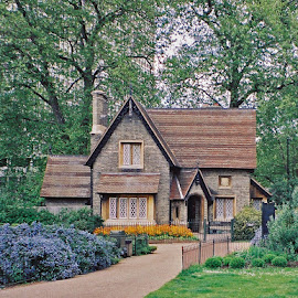 Grounds Keeper's Cottage by Lynn Clemons - Buildings & Architecture Homes ( england, london, hyde park, cottage )