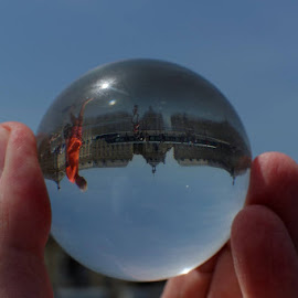 Walkin in the ball by Cédric Guere - Landscapes Travel