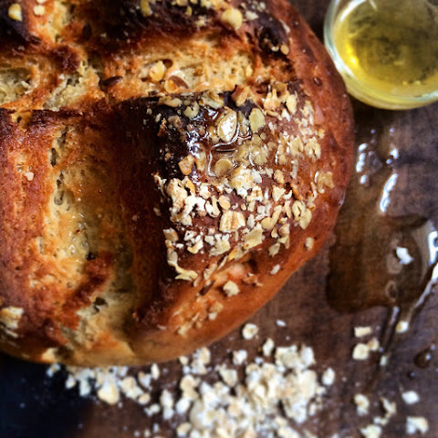 HONey and oats bread