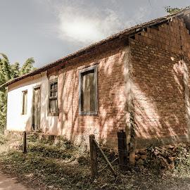 Tapera by Roberto Bessa - Buildings & Architecture Homes ( fazenda, interior, tapera, vida no campo, sítio )
