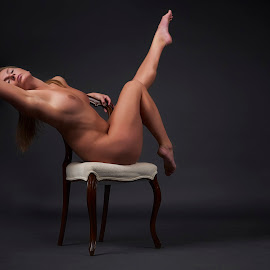 by Dennis Bater - Nudes & Boudoir Artistic Nude