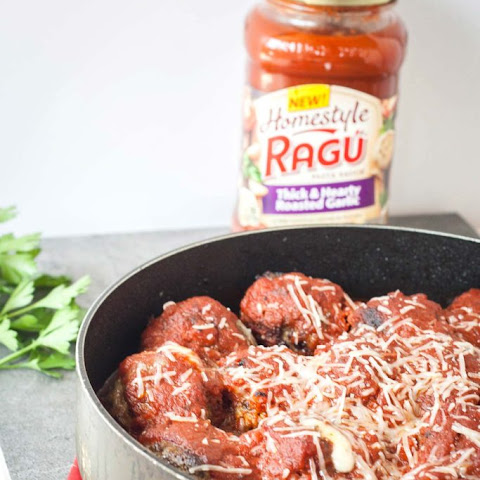 Mozzarella Stuffed Meatballs with Ragu Homestyle Pasta Sauce