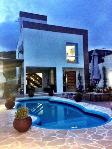 Casa em Maralegre  -  Niterói - RJ