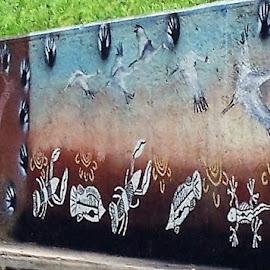 Aboriginal Street Art by Sarah Harding - Novices Only Street & Candid ( street, art, novices only, painting, design )