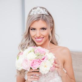 Bridal Bouquet by Vlada Jovic - Wedding Bride ( bouquet, wedding photography, bridal, wedding, bridal bouquet, bride )